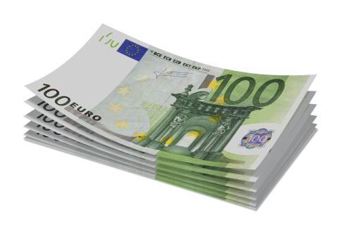 Zonder moeilijk gedoe 600 euro cash op de bank